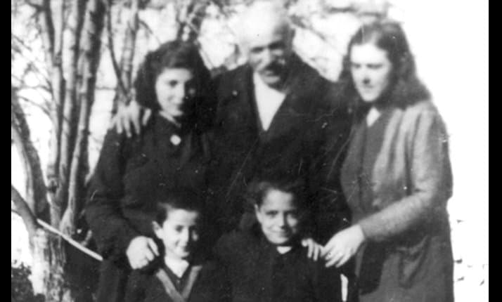 The Frasheri family (from Berat, Albania) who saved Jews from Yugoslavia.