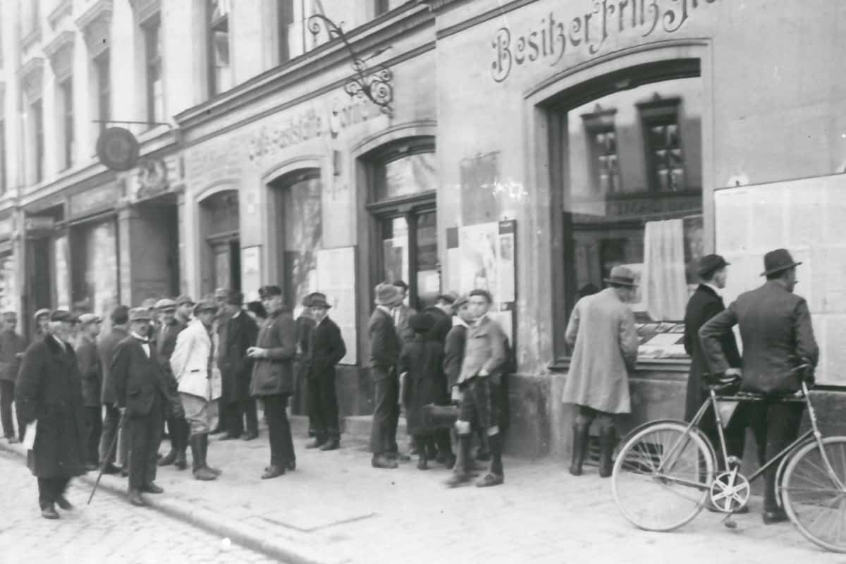 From 1921 to 1925 the Nazi Party offices were based at 12 Corneliusstresse, Munich. This photo was taken in 1921.