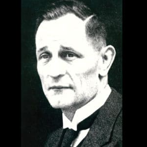 <p>On 17 March 1935, 700 pastors of the Confessing Church, which opposed the Nazis, were arrested.</p>
