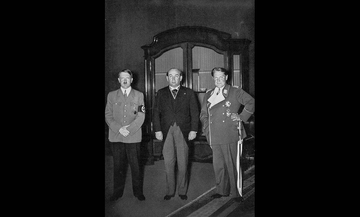 Hungary's prime minister Gyula Gömbös (middle) visits Adolf Hitler (left) and Hermann Göring (right) at the Reich Chancellory in the mid 1930s.