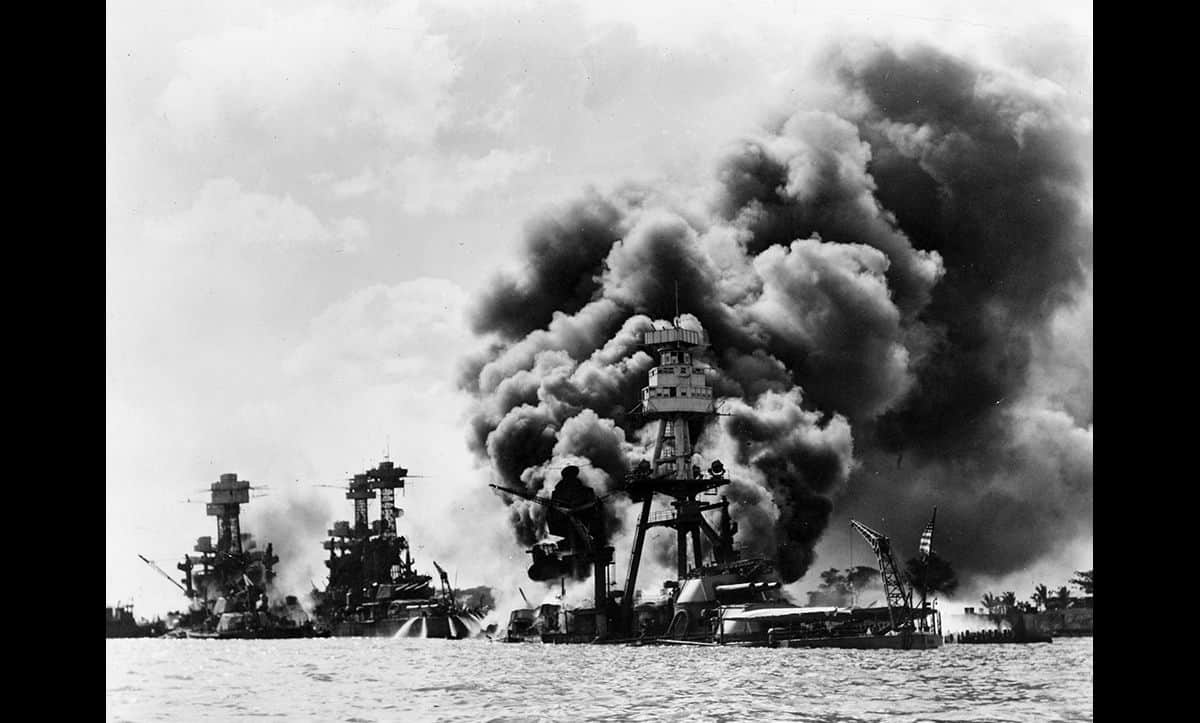 On the 7 December 1941, Japanese forces bombed the important American naval base Pearl Harbour. The following day, the United States declared war on Japan.
