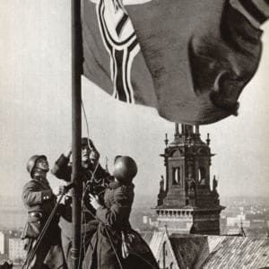 <p>On 1 September 1939, Germany invaded Poland, starting the Second World War.</p>