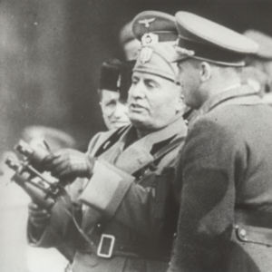 <p>On 1 December 1943, Mussolini ordered the arrest and deportation of Italian Jews to concentration camps.</p>