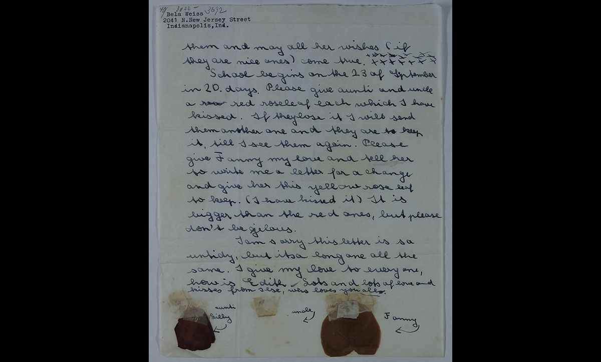 In another letter to her parents sent on 3 September 1941, Ilse stuck rose petals for each of her family members, each of which she had kissed.  Ilse's parents were unable to emigrate from Vienna. In 1942, they were deported to an extermination camp where they were murdered.