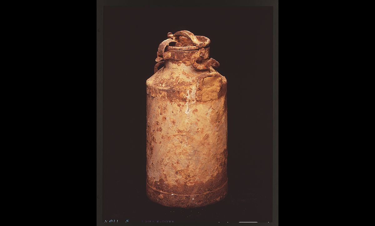 Within the Warsaw Ghetto, the historian Emanuel Ringelblum opposed Nazi rule by creating an archive of evidence of Nazi crimes. Facing the threat of deportation to Treblinka extermination camp, the organisers of the Oyneg Shabes archive buried their extensive collection in milk cans, such as the one pictured here, and metal boxes. After the war, some of this record was dug up and rediscovered.