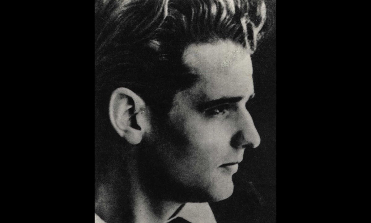 Hans Scholl was a member of the White Rose, a non-Jewish resistance group based at the University of Munich. In 1943, Hans was arrested and executed for his anti-Nazi activities.