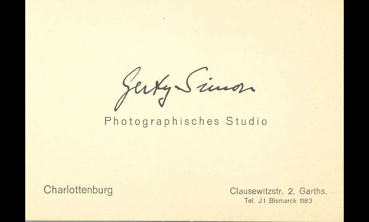 Gerty Simon's business card as a photographer in Berlin.