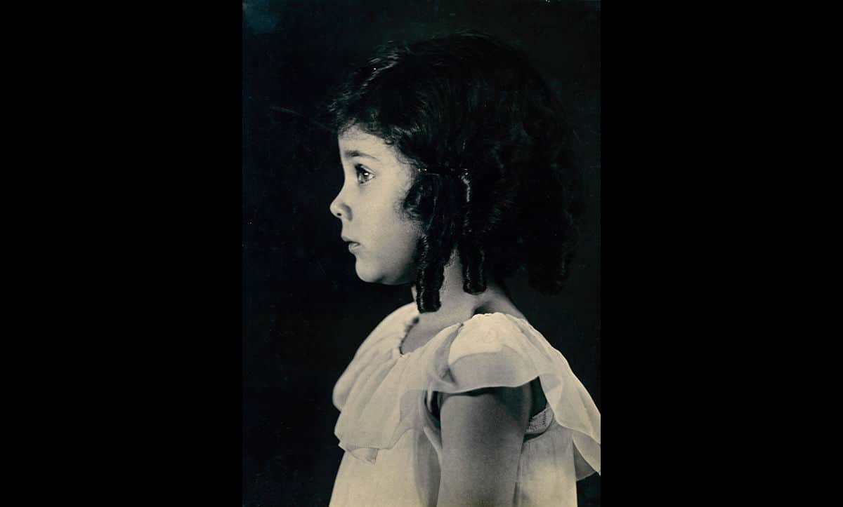 Judith Kerr was the daughter of Alfred Kerr. This photograph was taken at the same time as her fathers' portrait by Gerty Simon, in Berlin in c.1929. Judith Kerr later went on to become an acclaimed children's author in Britain, writing the Mogg series and The Tiger Who Came to Tea.