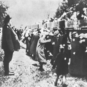<p>On 7 April 1943, the SS shut down the Chełmno death camp for the first time. They would later reopen it to liquidate the Łódź ghetto. </p>
