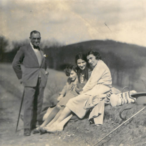 Members of the Robinsohn family out on a walk in 1928. The Robinsohn's were a German-Jewish family from Hamburg who fled Nazi persecution in the late 1930s.