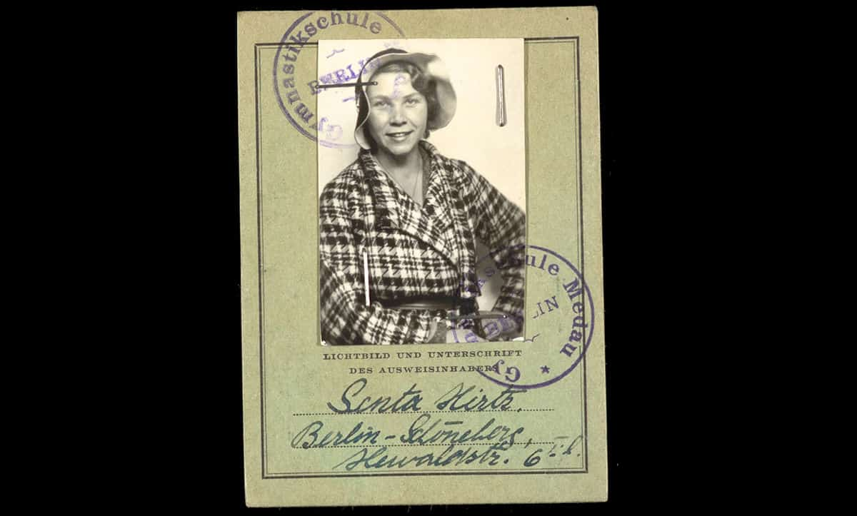 Senta Hirtz's identity card from her pre-war life as a teacher at Medau Gymnastic School in Berlin.