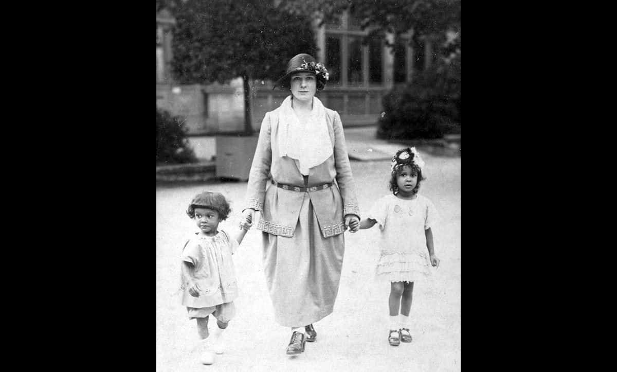 Ronnie Roberts (left) pictured with his mother Alma (centre) and sister Beryl (right) in Rostock, c1924.
