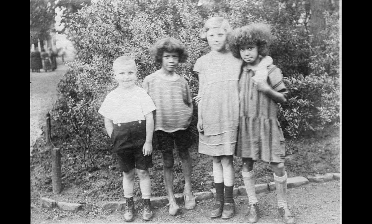 Ronnie and Beryl Roberts pictured with friends in 1928.